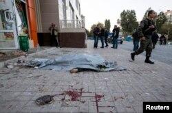 Жертва обстрела на улице Донецка