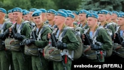 Ілюстрацыйнае фота. Беларускае войска на рэпетыцыі параду 3 ліпеня. 1 ліпеня 2019 году