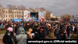 Митинг в поддержку внешнеполитического курса Владимира Путина в Севастополе, 3 февраля 2018 года