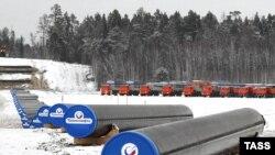 Строительство нефтепровода в Восточной Сибири, Красноярский край России. 17 декабря 2013 года.