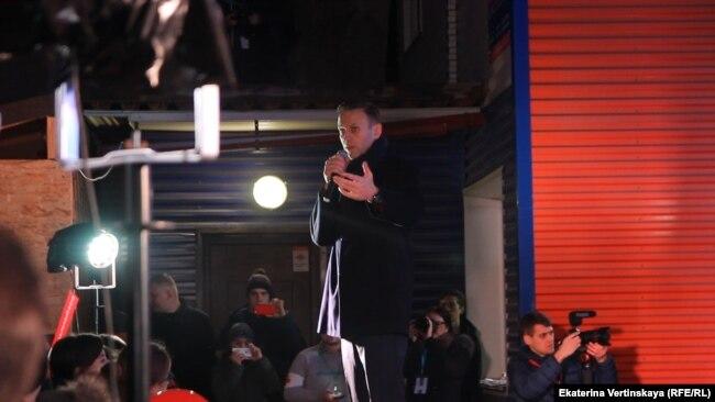 Алексей Навальный на встрече с жителями Иркутска
