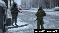 На улицах оккупированного Луганска, ноябрь 2017 года