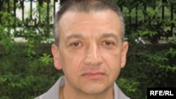 Sergiu Mocanu is a former aide of Voronin's, and a current critic.
