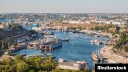 Севастопольський порт (Shutterstock)