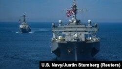 ABŞ-ın Porter və Mount Whitney hərbi gəmiləri Qara dənizdə 2018-ci ildə keçirilmiş ABŞ-Ukrayna dəniz manevrləri zamanı