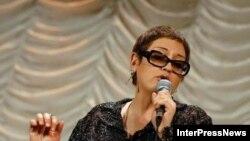 По словам певицы, программа, которую она подготовила вместе с коллективом, объединяет множество музыкальных жанров: грузинский фольклор и испанское фламенко, индийские раги и балканские ритмы, естественно, нью-йоркская джазовая эстетика