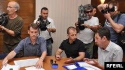 Predaja kandidatura Centralnoj izbornoj komisiji, Foto: Midhat Poturović