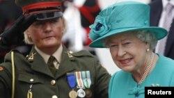 Королева Єлизавета Друга під час візиту до Ірландії, Дублін, 17 травня 2011 року