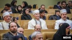 فراتر از منشور شهروندی، رابطه جمهوری اسلامی با اقلیتها همواره فراز و فرود داشته است