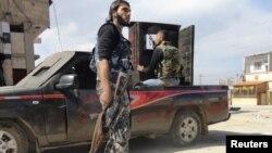 Бойцы Свободной сирийской армии в Хомсе, 28 февраля 2012