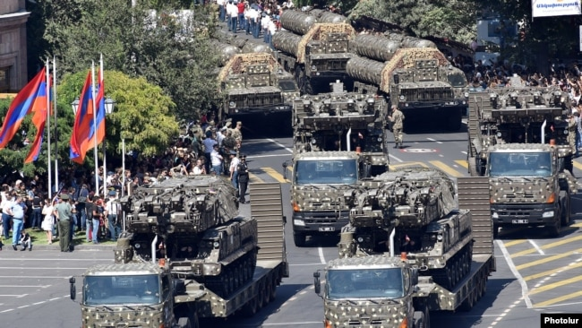 Armenia - The Armenian army demonstrates Buk air-defense systems recently acquired from Russia as well as S-300 surface-to-air missiles during a parade in Yerevan, 21Sep2016.