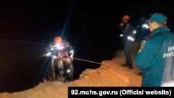 Спасательные работы при падении автомобиля с обрыва в море, Севастополь, 6 октября 2021 года