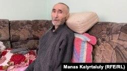 Арон Атабек после освобождения. Алматы, 6 октября 2021 года