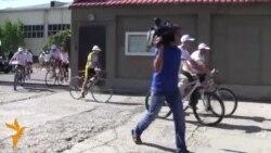 Аксияи велосипедронҳои тоҷик зидди маводи мухаддир