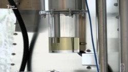 Майже незнищенний: чеський вчений переконаний, що створив на 100% безпечний акумулятор