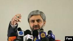 آقای حسینی از «مشکلات داخلی» آمریکا به عنوان یکی از دلایل عدم حمله این کشور به ایران یاد کرد.(عکس: فارس)