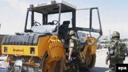 В тандеме: сразу после парада военную технику сменит дорожно-строительная