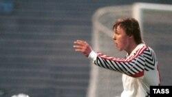 Будучи игроком, Игорь Колыванов прекрасно умел находить путь к чужим воротам. А став тренером, научил подопечных умело защищать собственные