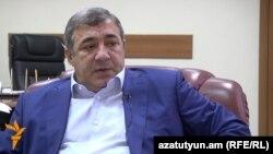 Հայաստանի ֆուտբոլի ֆեդերացիայի նախագահ Ռուբեն Հայրապետյան, արխիվ