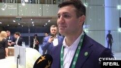 Українські депутати публічно зазвичай не схвально ставляться до олігархів чи взаємодій колег зі ними