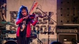 RockSchool project young girl plays violin