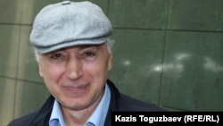 Руслан Жаниев, мұсылман дін уағызшысы Денис Коржавиннің адвокаты. Алматы, 11 мамыр 2017 жыл.