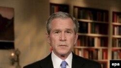 جرج بوش: رهبران ايران پيام مرا گرفته اند که نبايد به انتقال اسلحه در عراق بپردازند.