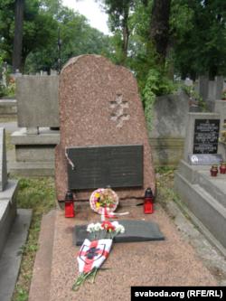 Магіла Алеся Гаруна на Ракавецкіх могілках у Кракаве. Фота: citus.livejournal.com