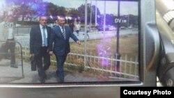 """Поранeшениот премиерот Никола Груевски пристигна на распит во Кривичниот суд во Скопје, како осомничен во случајот на Специјалното јавно обвинителство (СЈО) """"ТНТ"""" за уривањето на комлексот Косомос."""