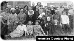 Толстовцы-коммунары
