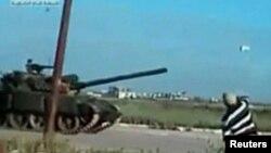 Танки сирийской армии в окрестностях Дераа