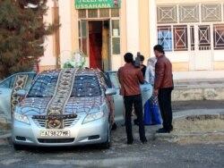 Türkmenistanyň nika kynçylyklary