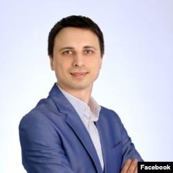 Максим Оленичев