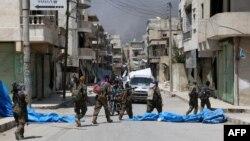 Pjesëtarët e grupit SDF në qytetin Manbij në Siri