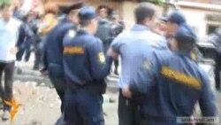 Ոստիկանները Մաշտոցի այգուց յոթ հոգու բերման են ենթարկել