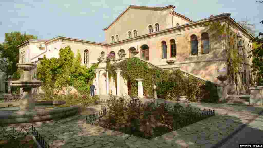 Византийский дворик в государственном историческом заповеднике «Херсонес Таврический»
