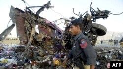 На месте взрыва. Пакистан, 28 июня