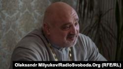Священик-спортсмен Віктор Кочмар