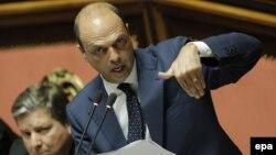 Вице-премьер и министр внутренних дел Италии Анджелино Альфано. Рим, 16 июля 2013 года.