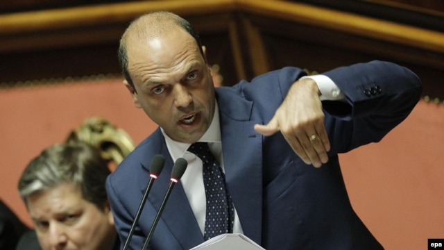 Italian Interior Minister Angelino Alfano told parliament afterward in July that no government minister had advance warning of the deportation of Mukhtar Ablyazov's wife and daughter to Kazakhstan.