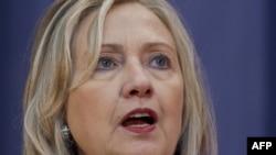 Хиллари Клинтон выступает в Ченнаи.
