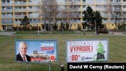 Plakati za izbornu kampanju Miloša Zemana u Pragu