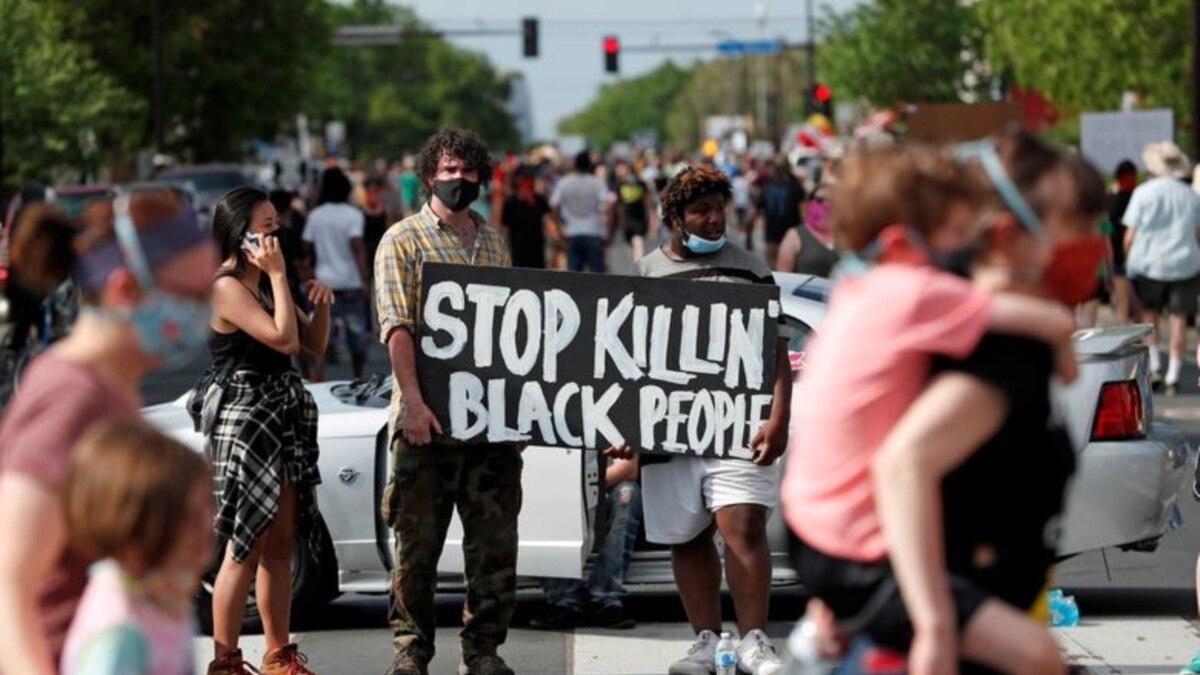 В США третьи сутки продолжаются протесты после смерти темнокожего американца