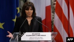 Kryetarja e Parisit, Anne Hidalgo.