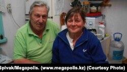 Панайот Захаропуло с женой в его бытность егерем Иле-Алатауского Национального парка.