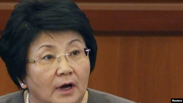 Kyrgyz President Roza Otunbaeva says she wants to see a coalition and a new prime minister named by November 27.
