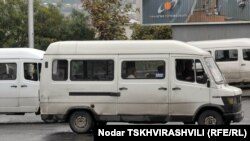 Мэрия Тбилиси объявила тендер на новые маршруты новых микроавтобусов