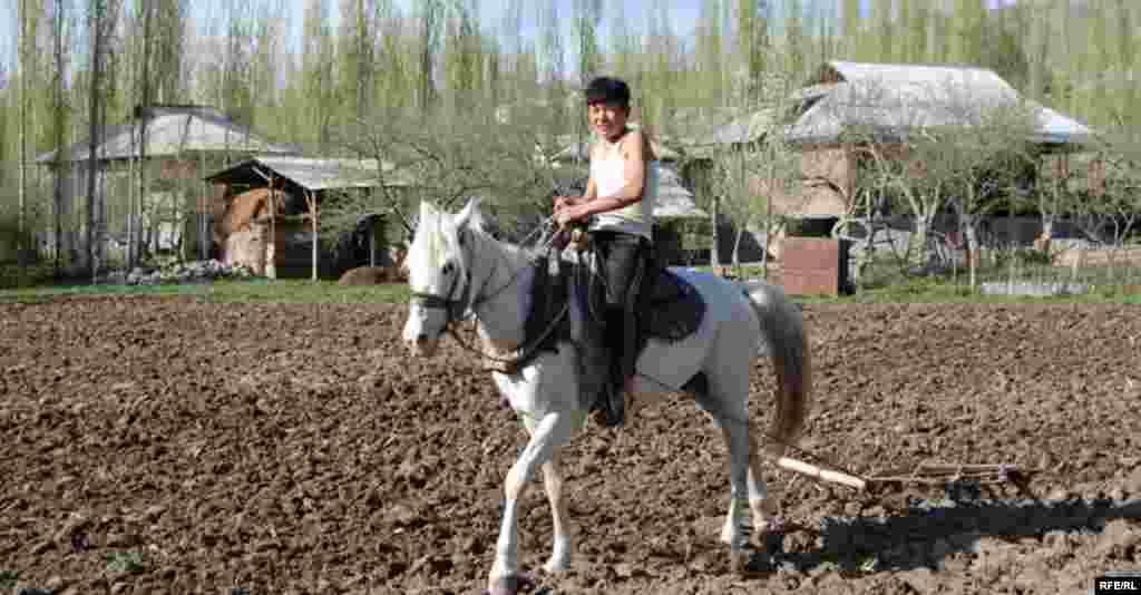 Кыргызстан. Ошская область. Село Папан. #12