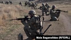 ქართველი ჯარისკაცები ალგეთის საწვრთნელ ბაზაზე
