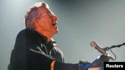 Рэй Манзарек во время выступления в 2007 году